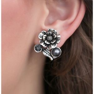Stylish Clip-On Earrings - Fashion Accessories